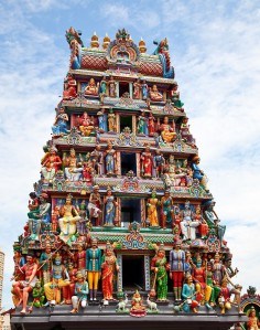 details-of-the-decorations-on-the-roof-of-the-sri-mariamman-hindu-temple-singapore-1600x2032