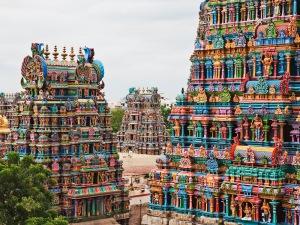 Meenakshi Sundareswarar Temple --- Image by © Ocean/Corbis